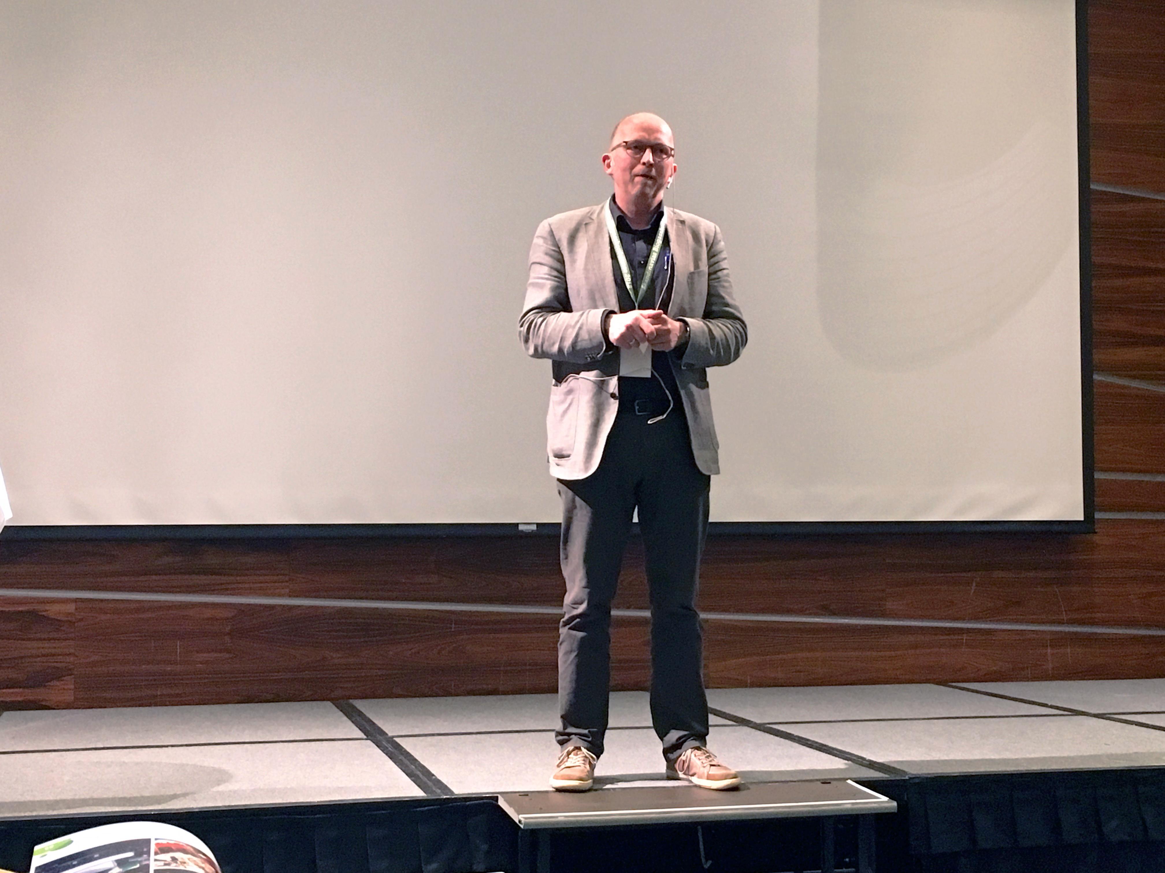 Knud Tybirk, Samsø, holder oplæg på Skandinaviens Biogaskonference 2018 i Norge